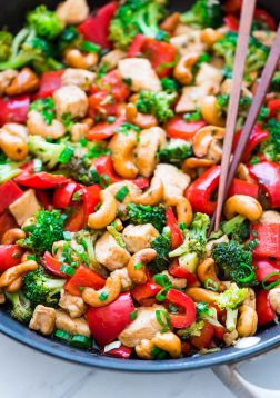 Thai-Cashew-Chicken.jpg